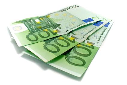 300€ insgesamt